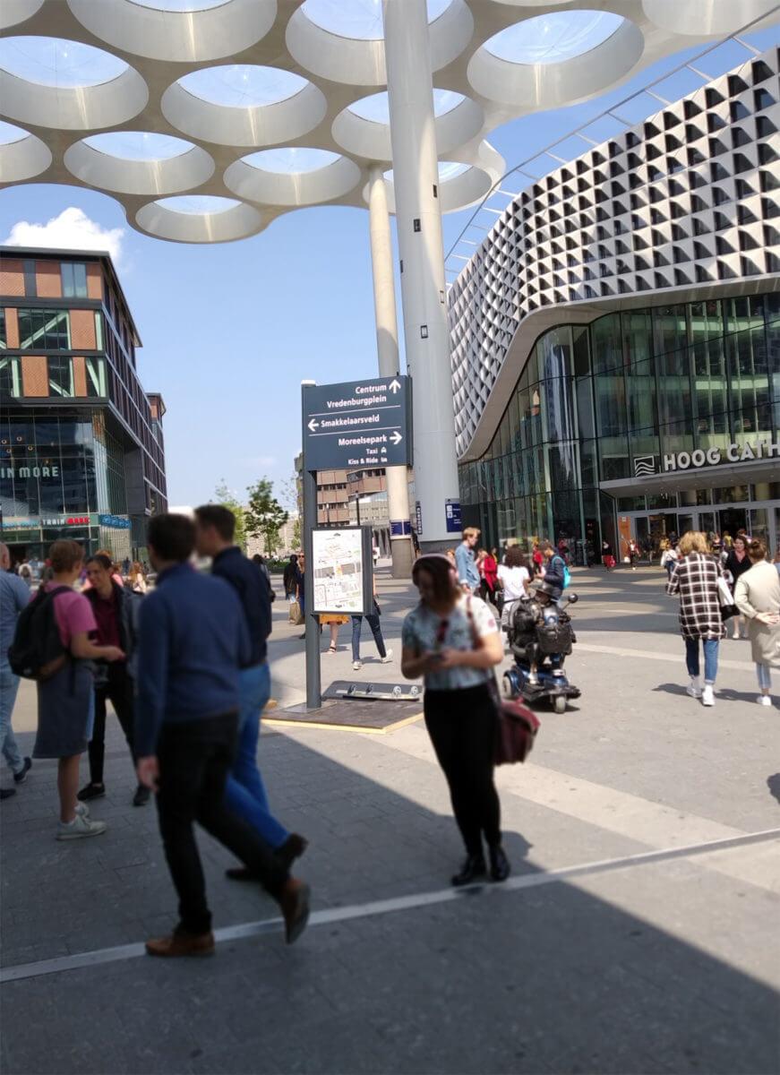 Wayfinding Utrecht mockup test stationswijzer