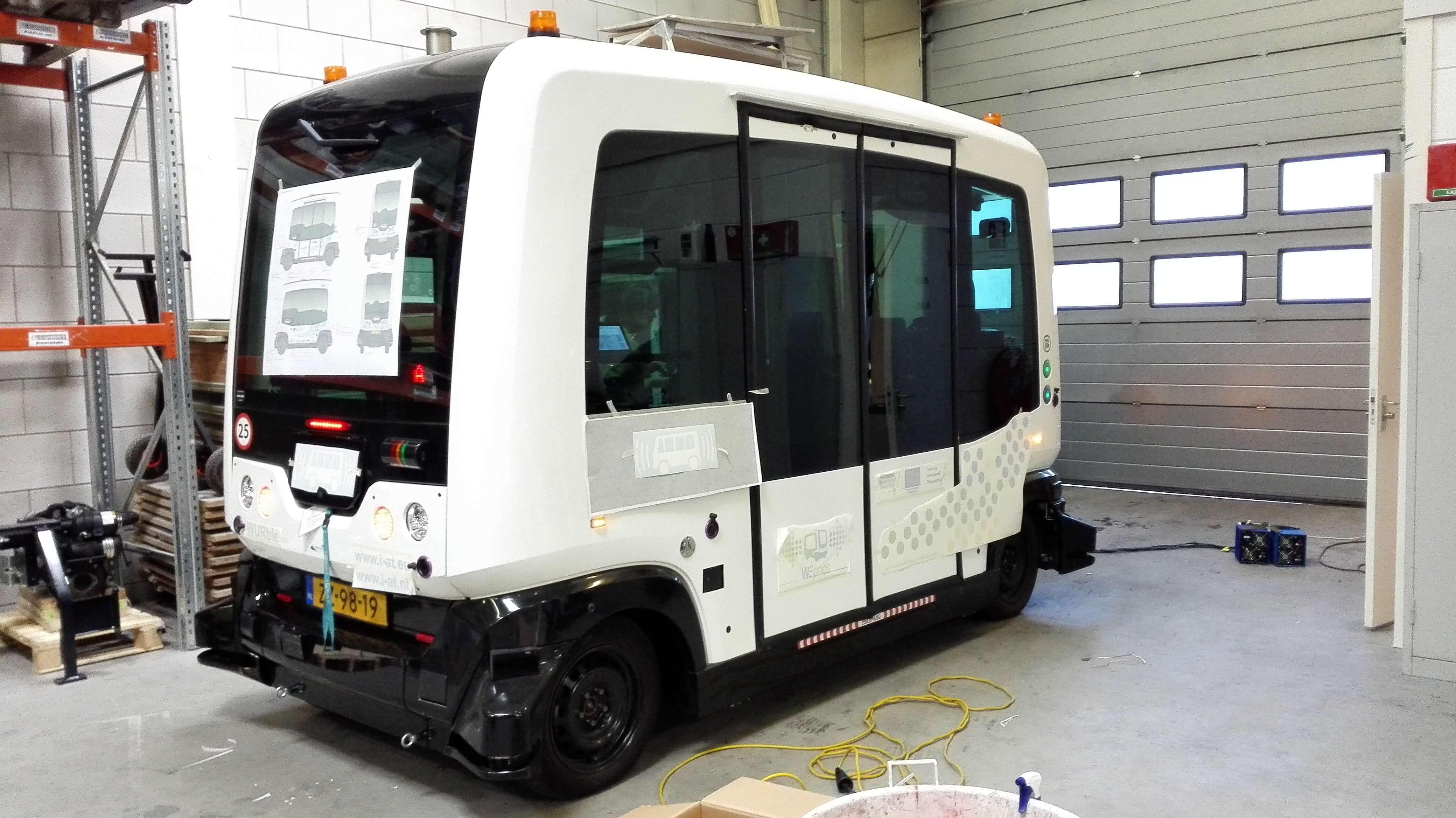 WePod zelfrijdende bus stippen